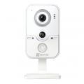 EZVIZ C2W (CS-CV100-B0-31WPFR(2.8mm)) видеокамера внутренняя с WIFI - 1Mpix